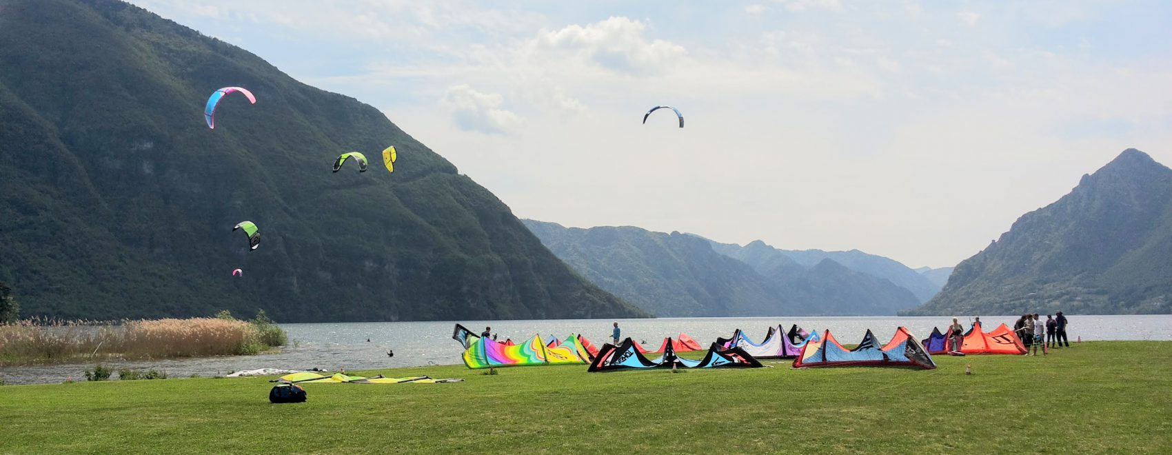 sport del Kitesurf sul lago d'idro