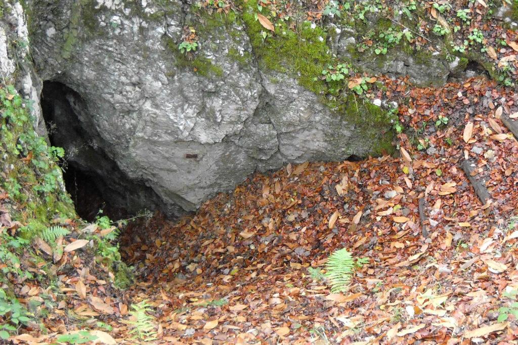 Ingresso di una grotta