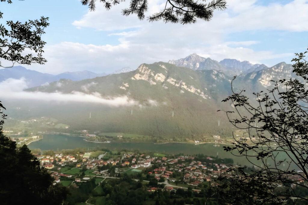 Panorama sull'abitato di Crone e Lemprato