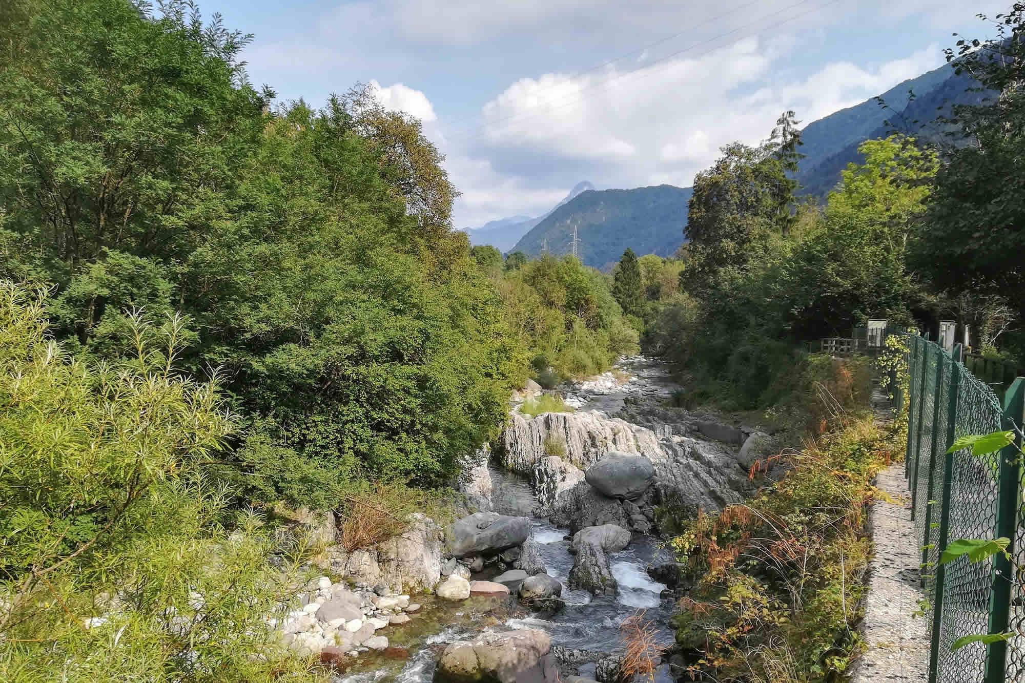 Il fiume Caffaro presso il ponte Romanterra